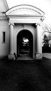 Porte-cochere of Guggenheim Mansion