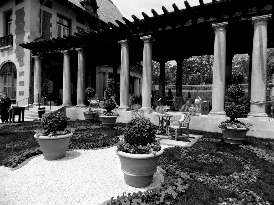 Pillar-Lined Walkway from main house to outdoor living room.