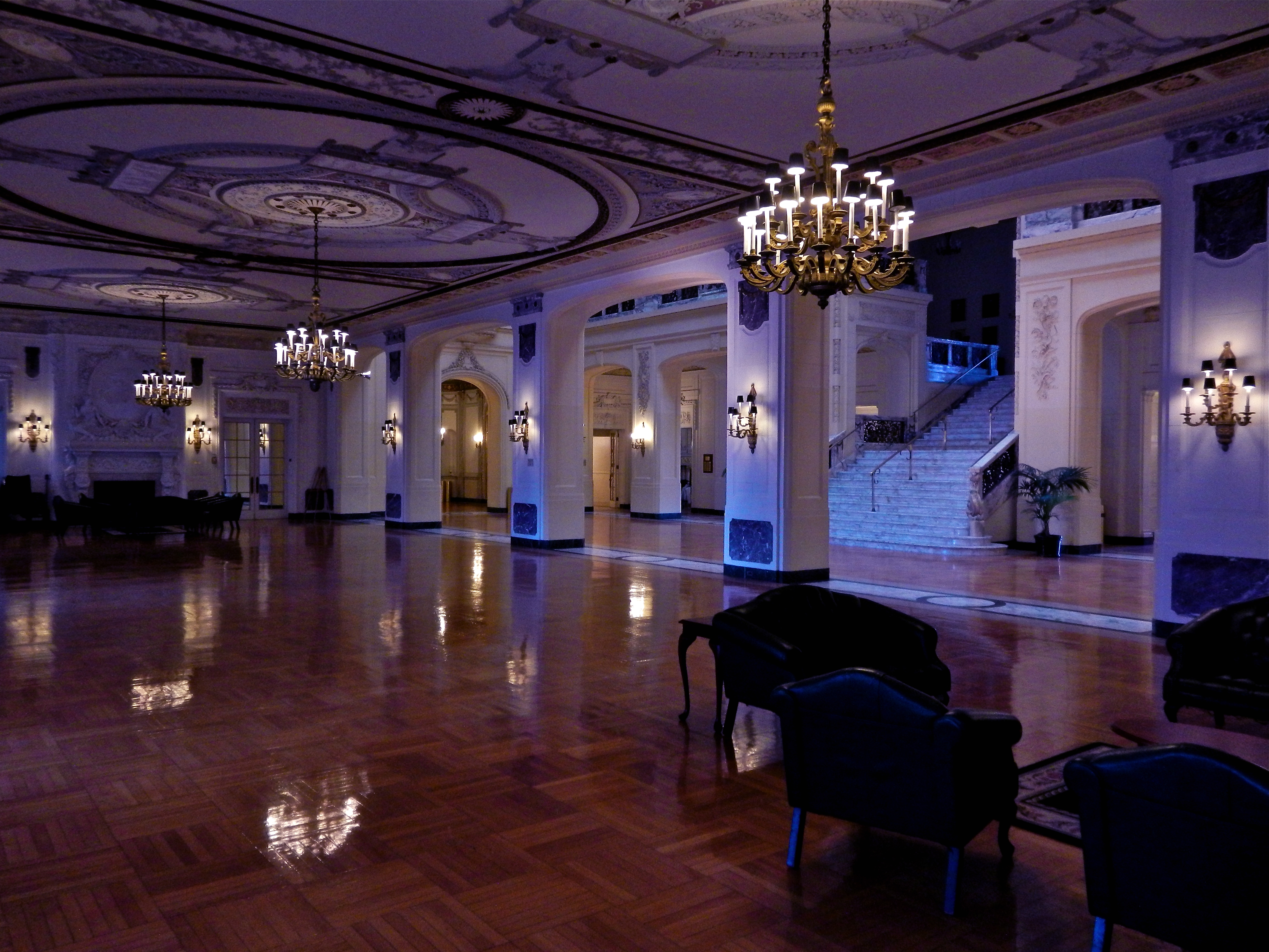 Mansion Foyer University : Shadow lawn mansion revisted the gilded butler